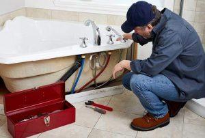 remplacer-ancien-robinet-baignoire