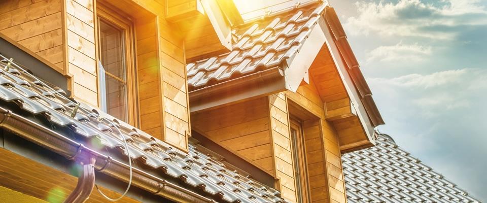 Donner un coup d'éclat à la maison grâce au traitement de la toiture